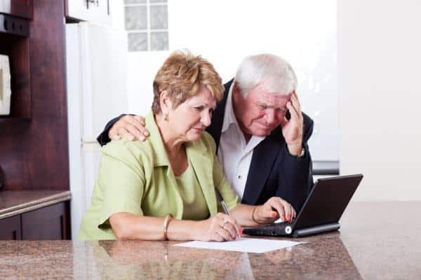 Z jakiej formy kredytowania najlepiej skorzystać, z rat, chwilówki a może z kredytu? Odpowiedź w naszym materiale.