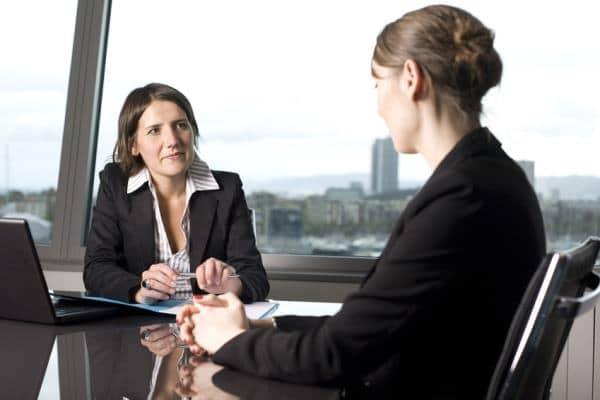 Jak skutecznie i bezpiecznie pożyczać? Odpowiedź w naszym artykule.