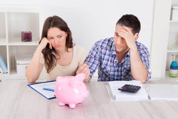 Dlaczego pożyczamy skoro to kosztowne? A jeśli już musimy o gdzie pożyczyć?